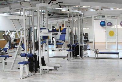 Sala de máquinas y peso libre